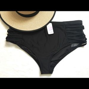 Forever21 Plus Netted Bikini Bottoms Size 3x